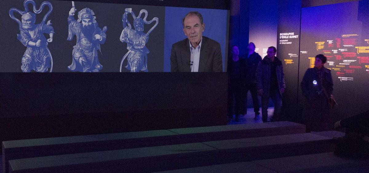 Projection spectaculaire : portrait d'Emile Guimet